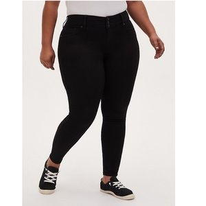 Size 24 Torrid Black Jeggings